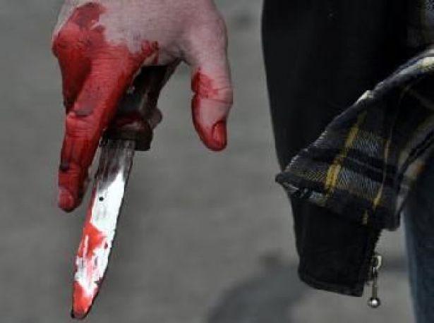 مصطفي يقتل طليقته بـ25 طعنة وسط ذهول المارة