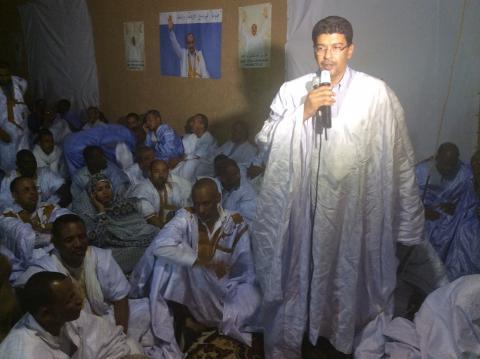 شتائم واتهامات متبادلة بين ولد محم وشباب حزبه -تفصيل مثيرة